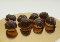 Soesjes Slagroom Chocolade Mini De Jong Deli